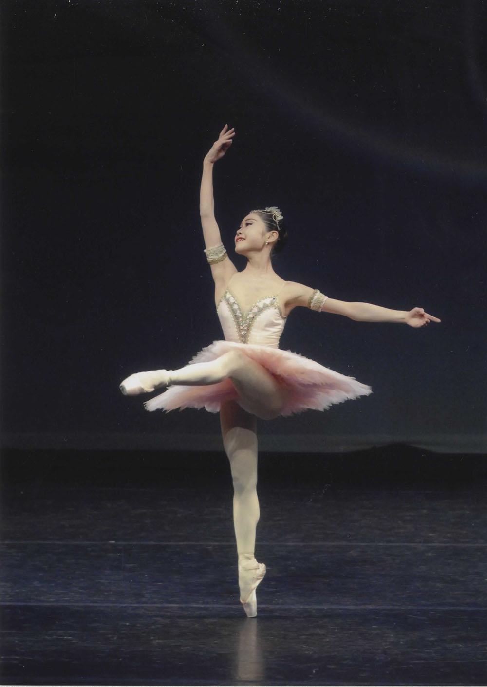 名古屋東区女性男性キッズ40代のバレエとパーソナルトレーニングジム